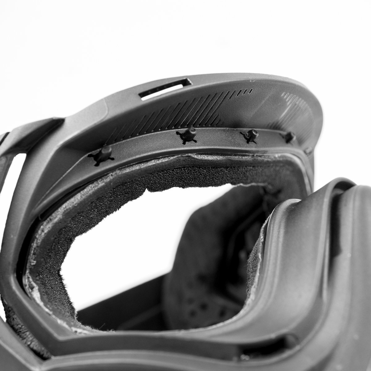 View larger image of Valken Profit Snap Click Thermal Paintball Goggles